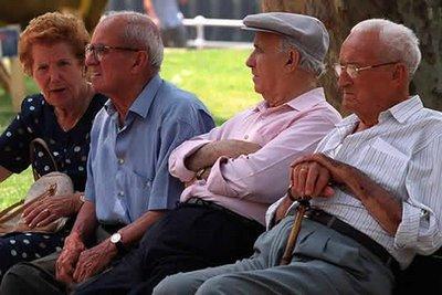 Pensiyaçıları verilən kredit xətti– nağdsız ödənişlərin stimullaşdırılması