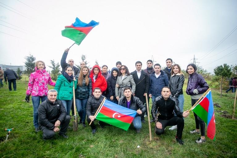 Коллектив банка ВТБ (Азербайджан) присоединился к акции по посадке деревьев
