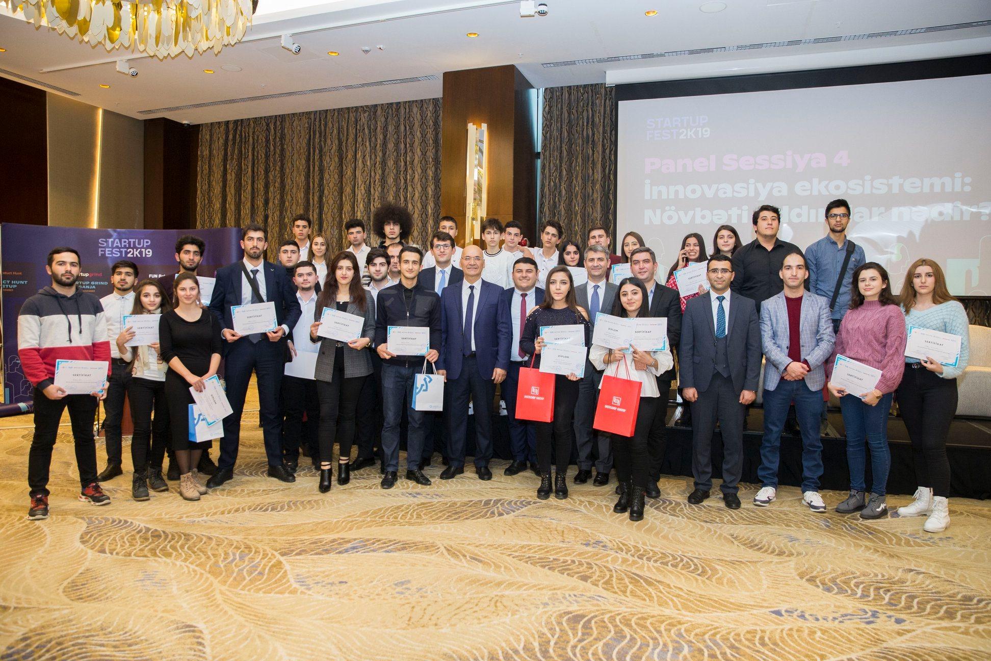 Международный Банк Азербайджана наградил молодых стартаперов