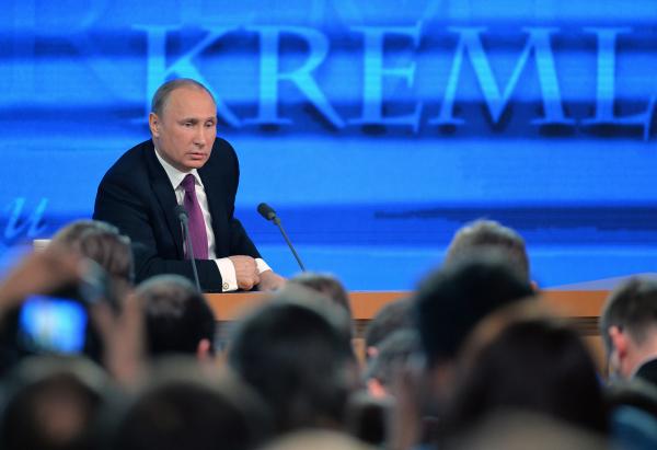 Putin valyuta bazarını sakitləşdirə bilmədi