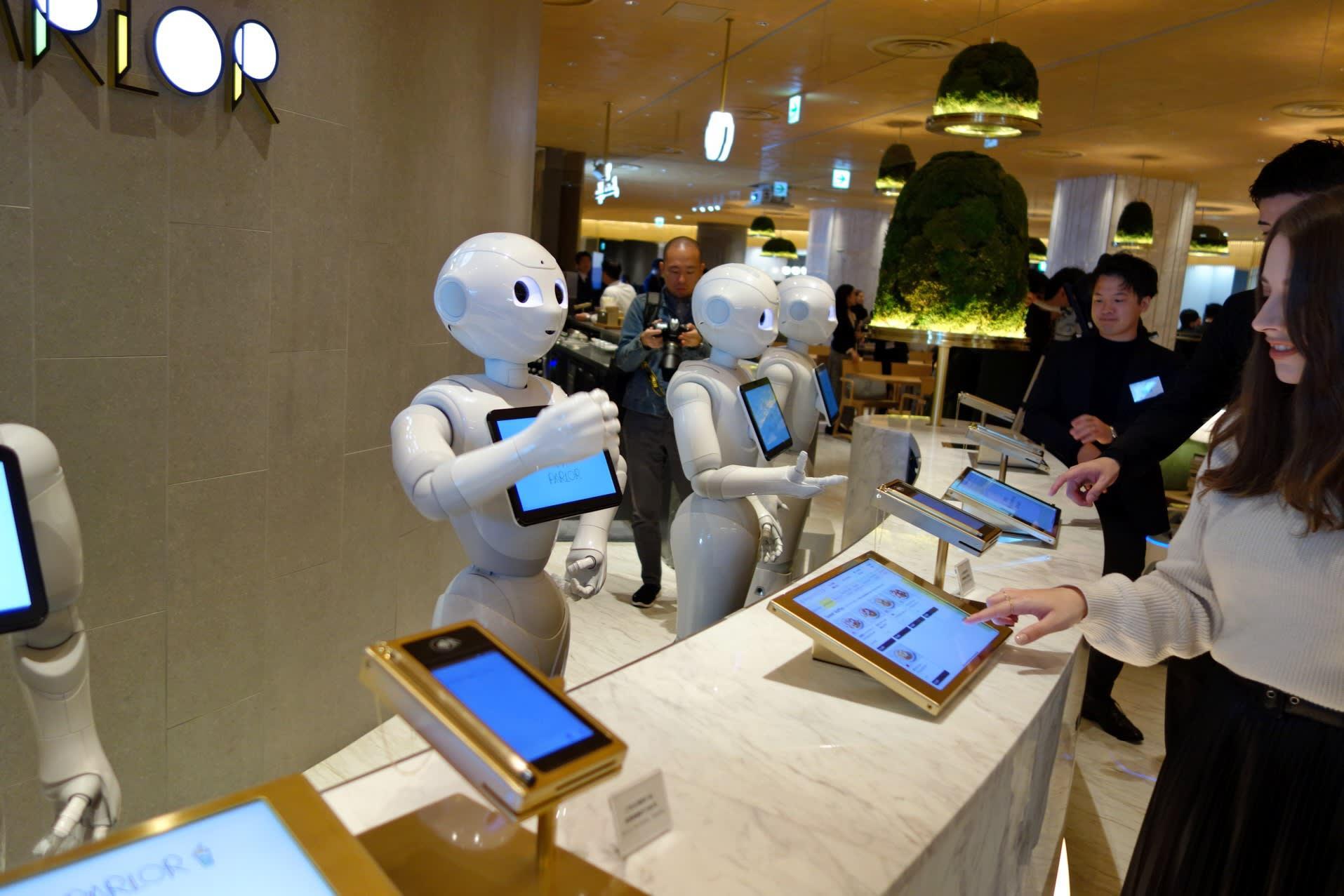 2025-ci ildək robotlara görə neçə insan iş yerini itirəcək?