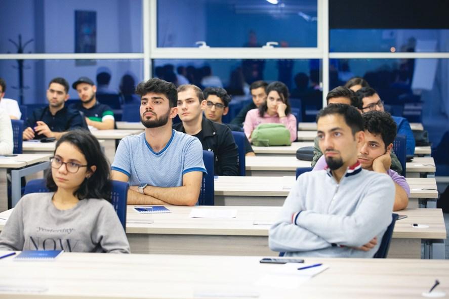 Azərbaycan Beynəlxalq Bankının IBA Tech Akademiyası fəaliyyətə başladı