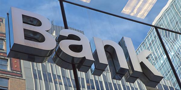 5 bankın qeyri-faiz gəlirləri 50 milyon manatdan çoxdur