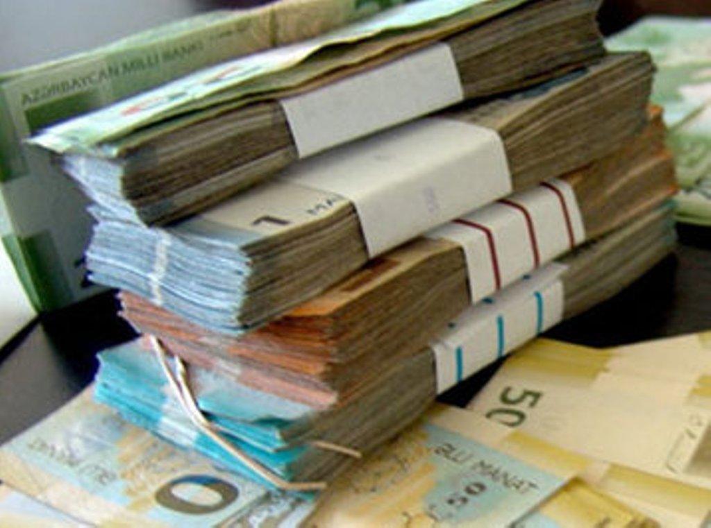 Banklara qaytarılmayan kreditlərin həcmi 1 milyard manatı keçib